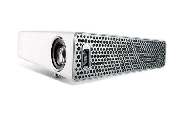 ایسر از ویدیو پروژکتور V9800 با قابلیت پخش تصاویر 4K UHD پرده برداشت