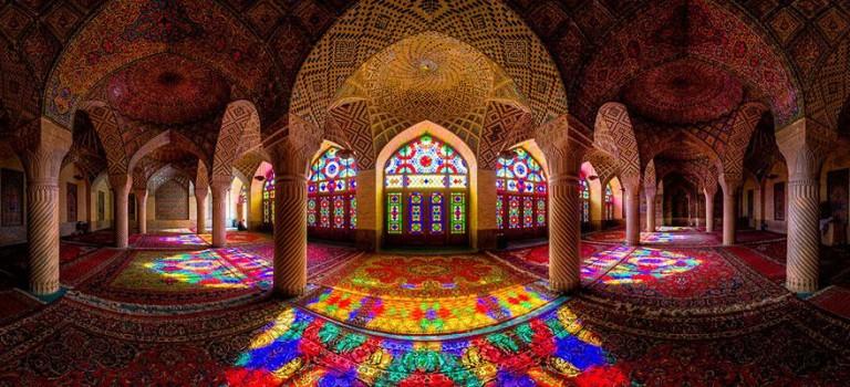 مشاهده رنگین کمانی در مسجد هر روز صبح
