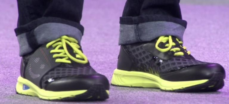 کفش هوشمند و هدست واقعیت مجازی لنوو معرفی شدند