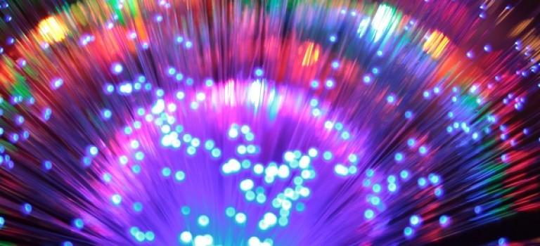 پژوهشگران آمریکایی محدوده ظرفیت شبکه های فیبر نوری را برداشتند