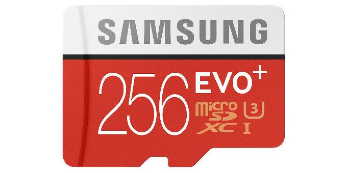 Samsung-256-GB-microSD-card-01