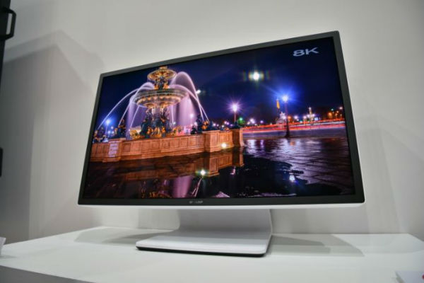 sharp-ceatec-8k-monitor-0