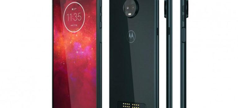 موبایل موتو Z3 Play با نمایشگر بزرگ و دوربین دوگانه معرفی شد